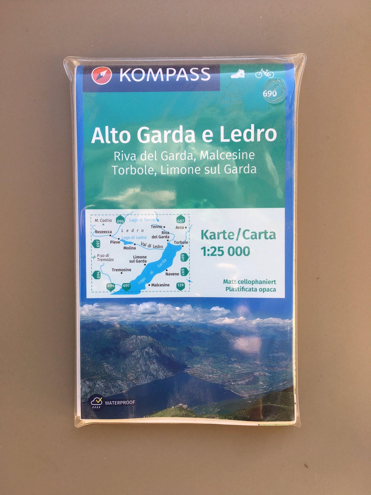 2021_03_30 cartina Kompass Garda 1 90.JPG